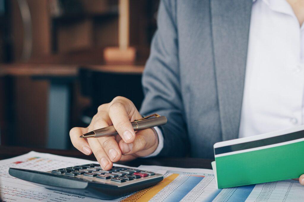 Los afectados por un ERTE deberán rendir cuentas con Hacienda